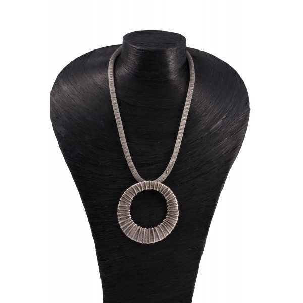 collier-cannele